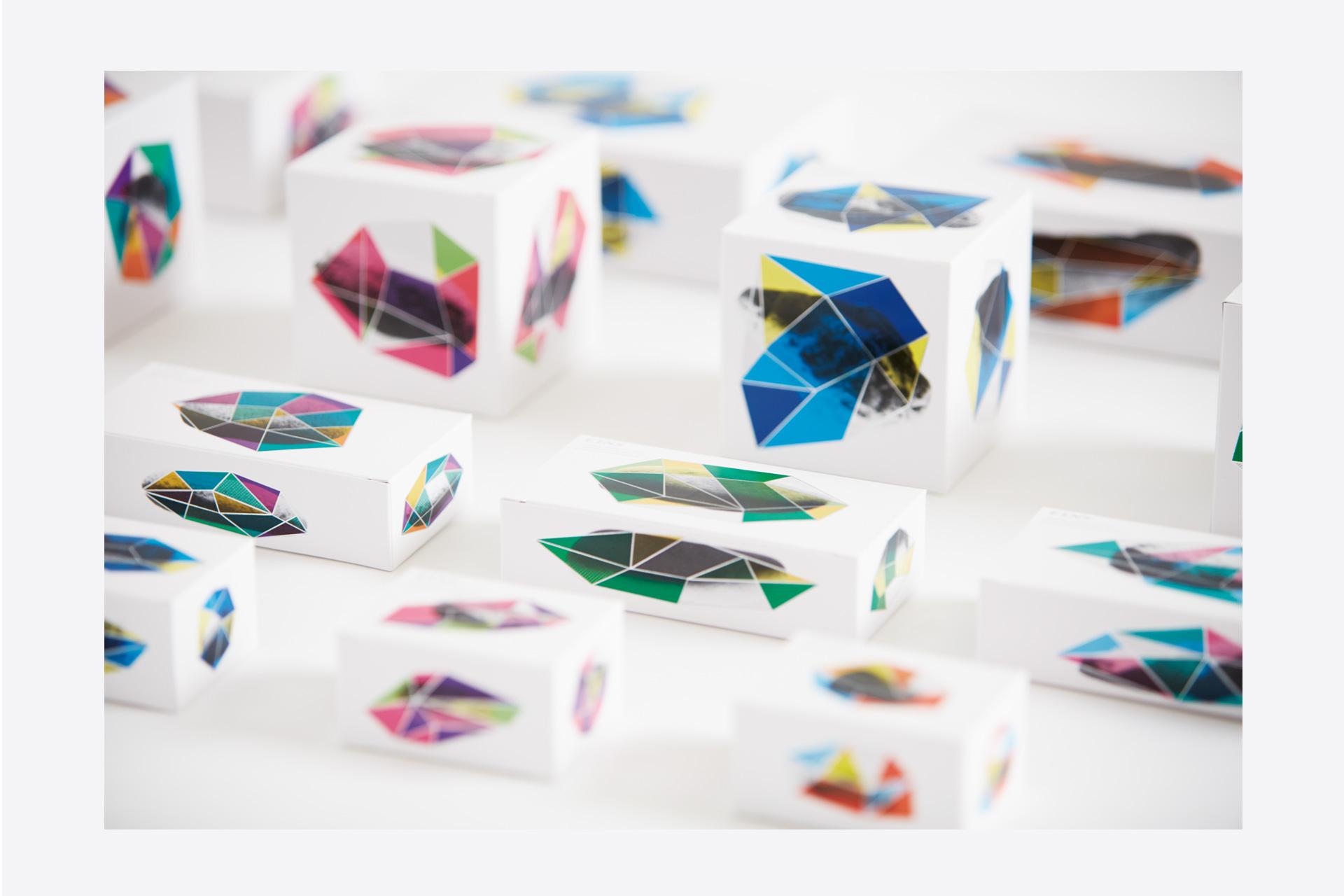 原石パッケージサンプル(化粧品展2016 EINSブース)